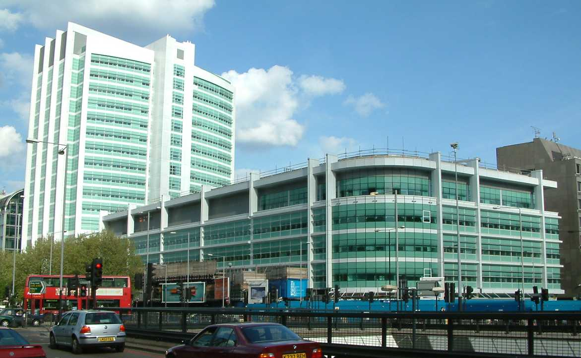 University College Hospital New Building London 020504